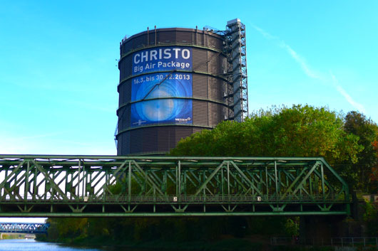 Christo Big Air Package im Gasometer Oberhausen