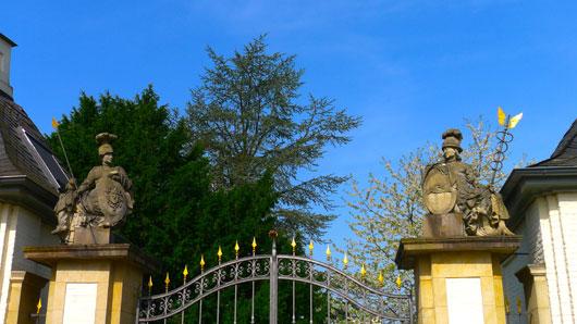 Schloss Gartrop bei Hünxe am Niederrhein