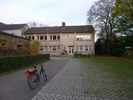 Parkplätze vor dem Astrologiezentrum Ruhrgebiet