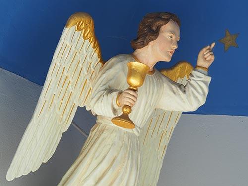 Engel mit Kelch und Stern